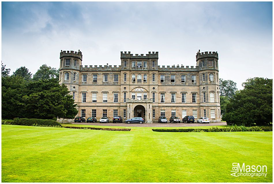 wedderburn castle wedding photographer